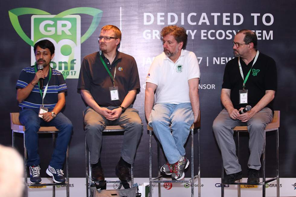 panel-discussion-at-gr8conf-in
